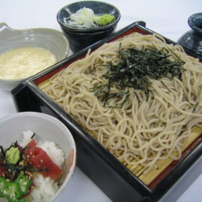 とろろ蕎麦とミニマグロ丼  ¥1,683