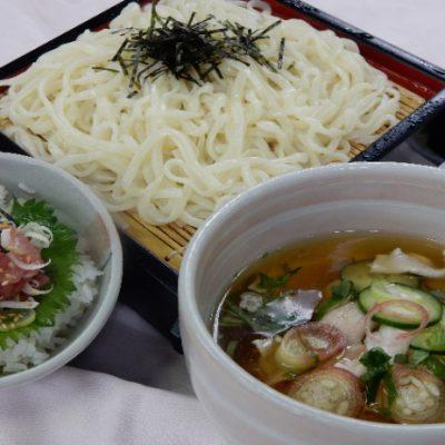 冷や汁うどんとミニネギトロ丼 ¥1,490
